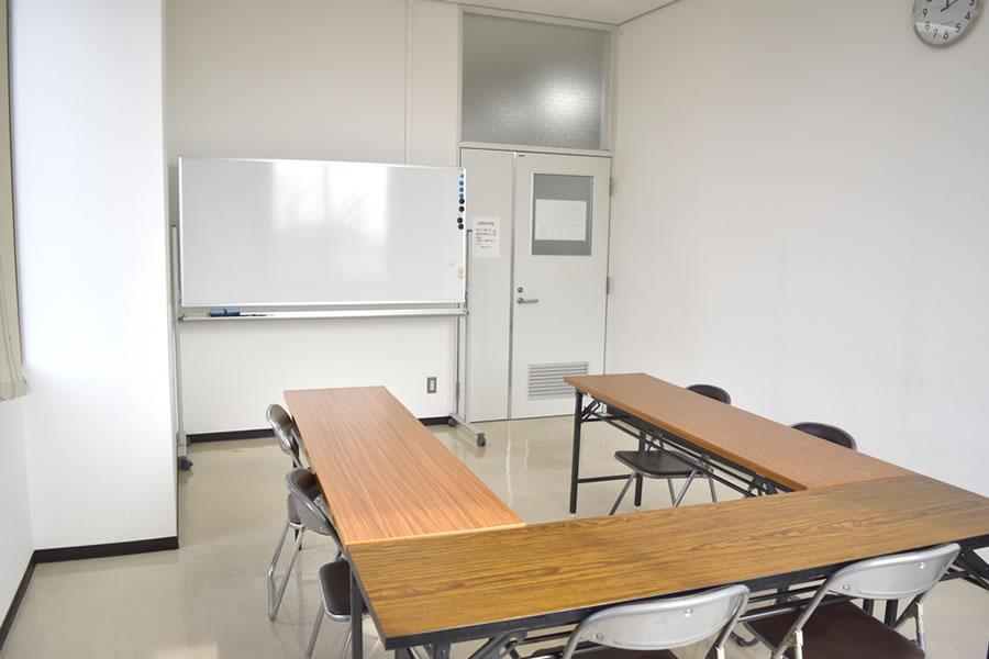 姫路市立高岡市民センター:会議室控室