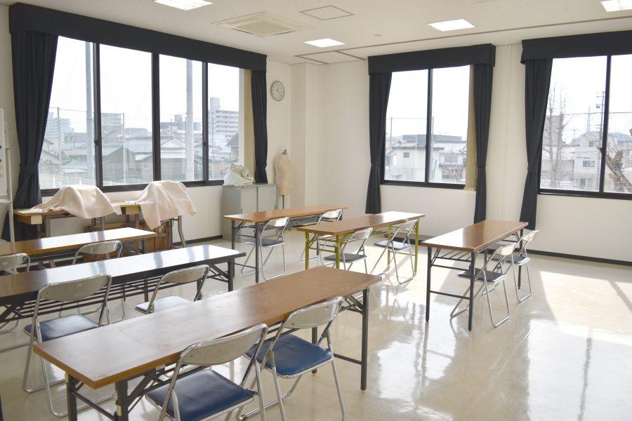姫路市 高岡市民センター : 会議室(D) : Image Gallery01